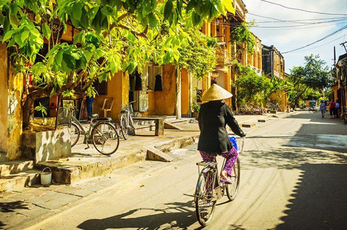 Cyclist, Vietnam