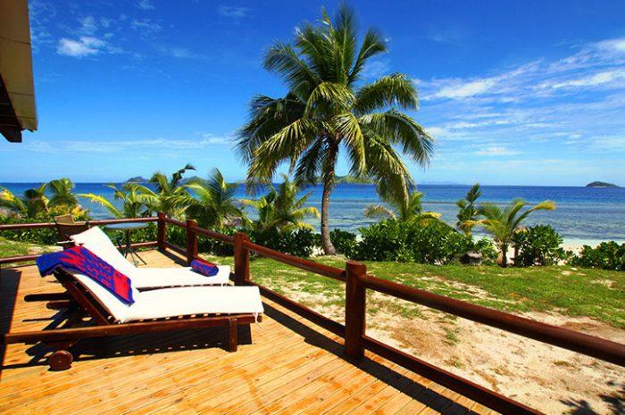 Mana Island Resort Deluxe Ocean View Deck