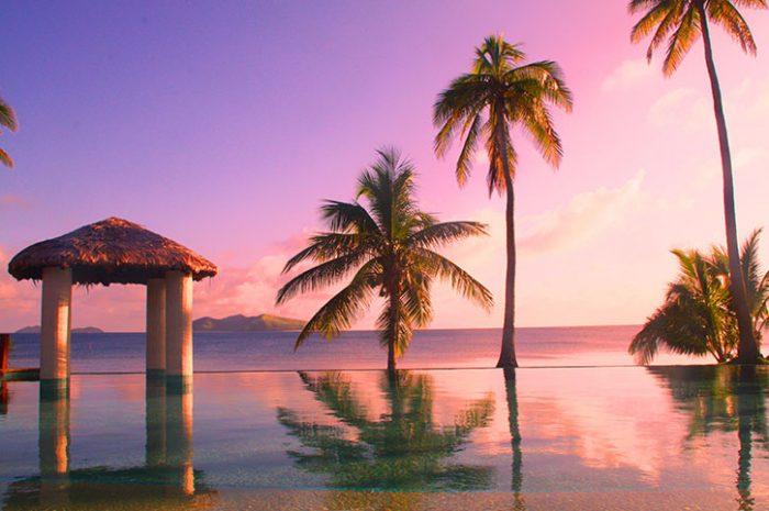 Mana Island Resort Infinity Pool and Ocean