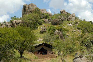 Mbuze Mawe Tent Exterior