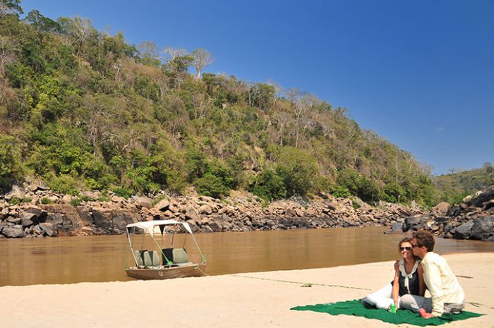 Serena Mivumo Lodge sandbank picnic