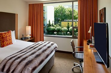Modera Hotel Portland Bedroom