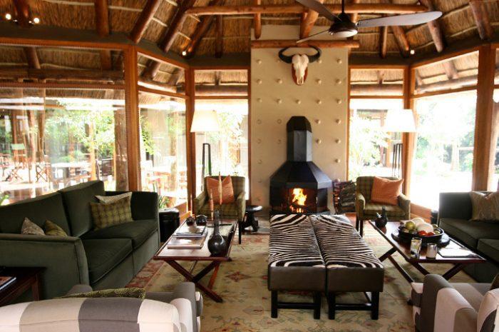 Msenge Bush Lodge Lounge