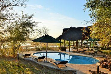 Muchenje Cottage Pool