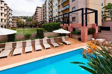 Nesuto Pool, Perth