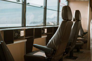 Nomad luxury vehicle seats