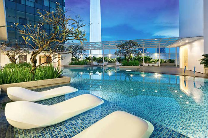 Oasia Suites Pool