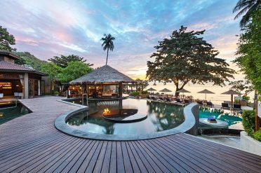 Outrigger Koh Samui Beachfront Pool And Bar