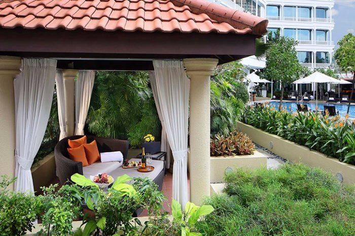 Park Hotel Pool Cabanas