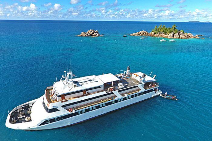 Garden Of Eden Cruise Boat