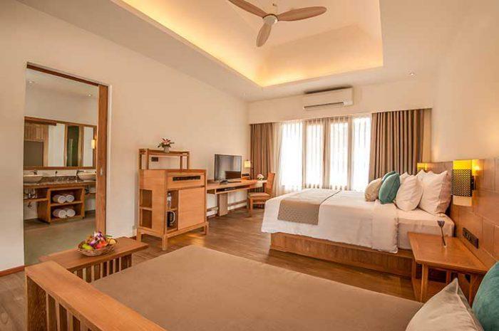 Phi Phi Island Village Resort Deluxe Bungalow Interior