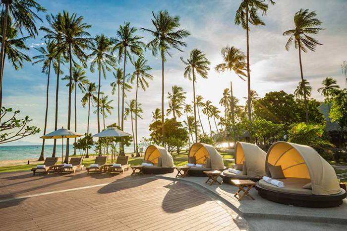 Phi Phi Island Village Resort Infinity Pool Deck