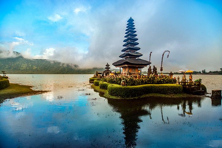Pura Ulun Danu Beratan, Floating Temple, Bali
