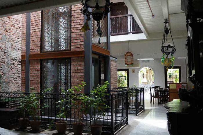Puri Hotel Interior