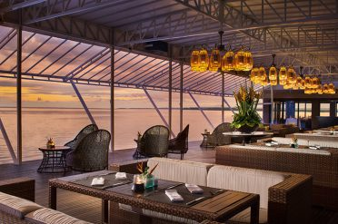 Puri Santrian Alfresco Dining Area