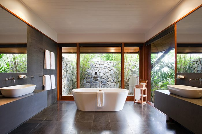 Qualia Windward Bath