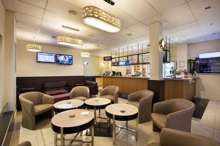 Quality Gateway Devonport Bar