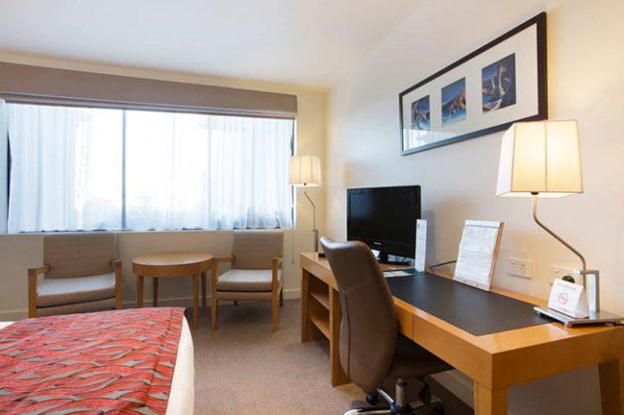 Quality Gateway Devonport Bedroom