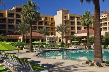 Renaissance Palm Springs Pool