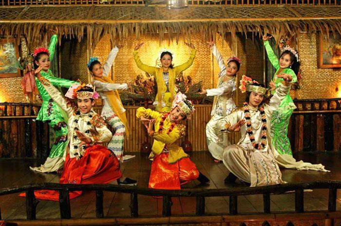 River Kwai Resort Mon Dance