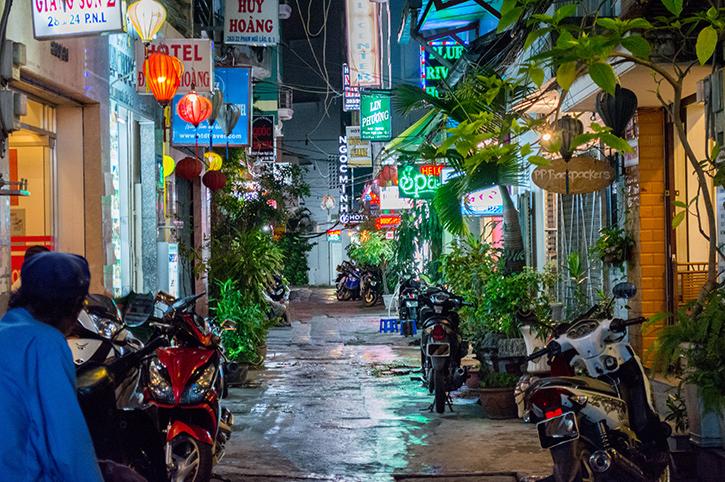 Narrow street, Saigon