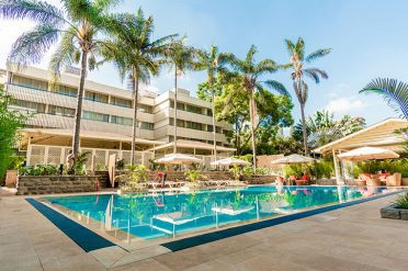 Sarova Panafric Swimming pool