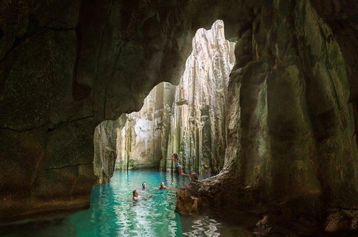 Sawa-I-Lauu Caves, Yasawa Islands