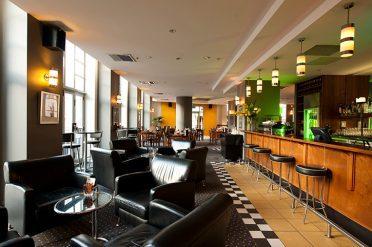Scenic Auckland Bar