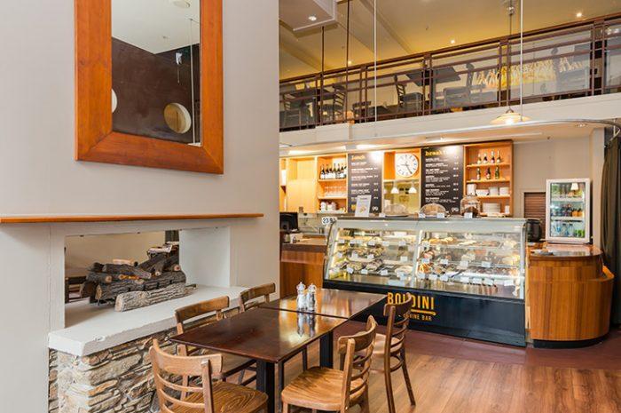 Scenic Dunedin Southern Cross Cafe
