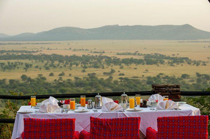 Serena Serengeti Outdoor Dining