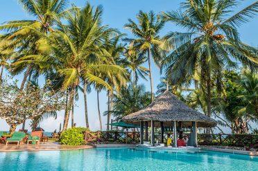 Serena Beach Resort Pool & Bar