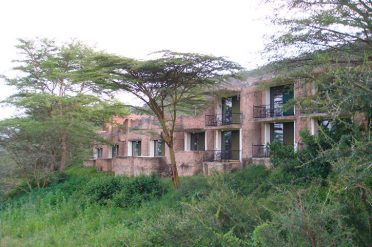Serengeti Sopa Lodge exterior