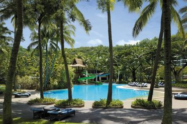 Shangri La Rasa Ria Garden Wing Swimming Pool