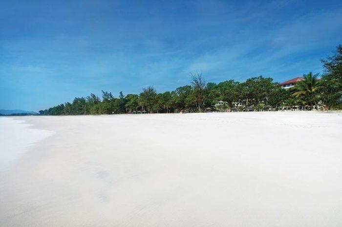Swiss Garden Beach Resort Kuantan Beach