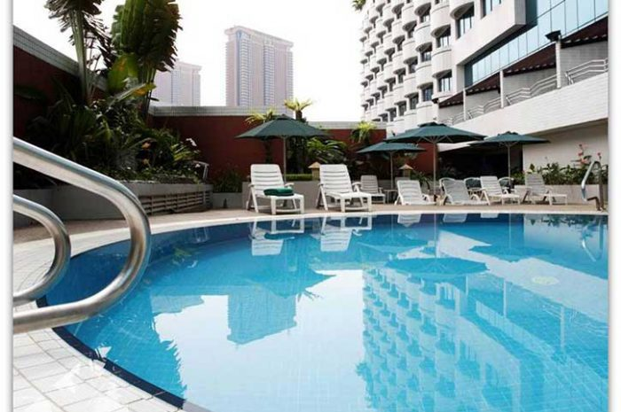 Swiss Garden Hotel Pool