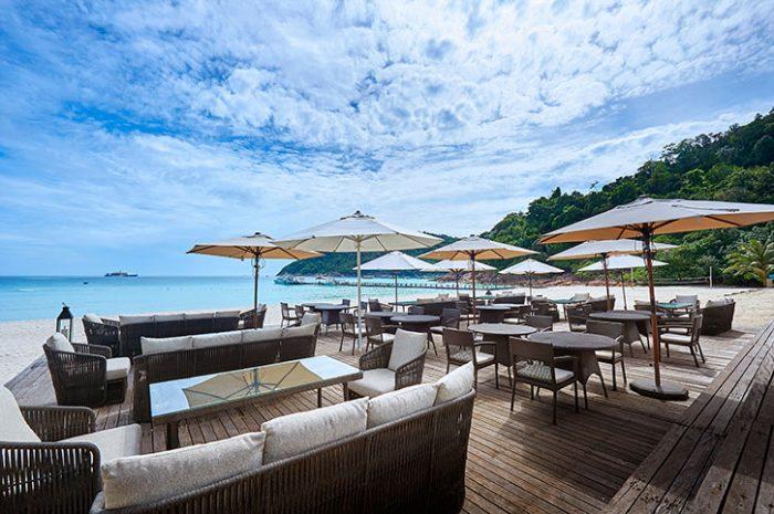 Taaras Beach Resort Bayu Beach Bar