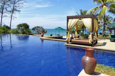 Beachfront pool, Tanjong Jara Resort
