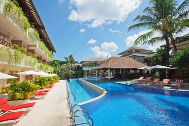 Blu-Zea Resort Pool