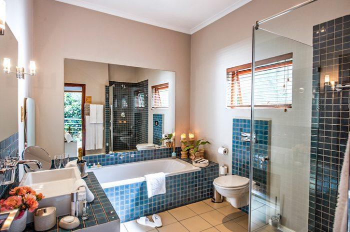 The Peech Hotel Classic Bathroom