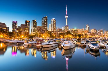 Toronto Skyline CN Tower, Canada
