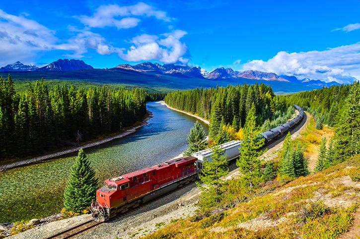 Morant's Curve, Canadian Rockies