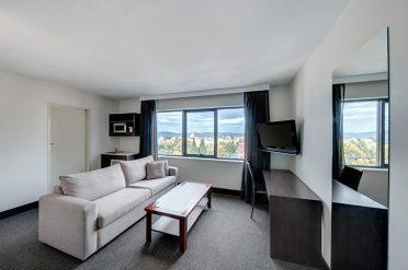 Travelodge Hobart Executive Room Lounge