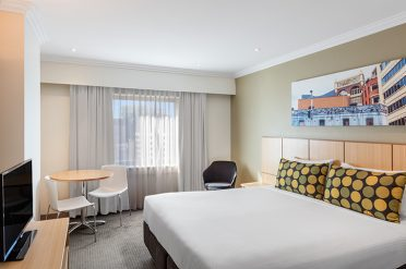 Travelodge Sydney Room