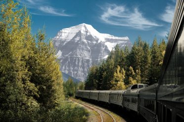 Mount Robson, VIA Rail