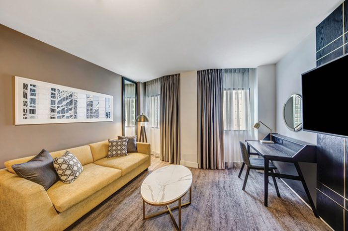 Vibe Hotel Sydney Studio RoomLounge