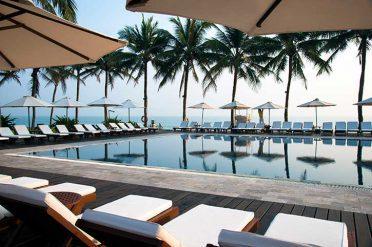 Victoria Beach Resort Swimming Pool