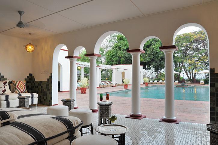 Swimming pool, Victoria Falls Hotel