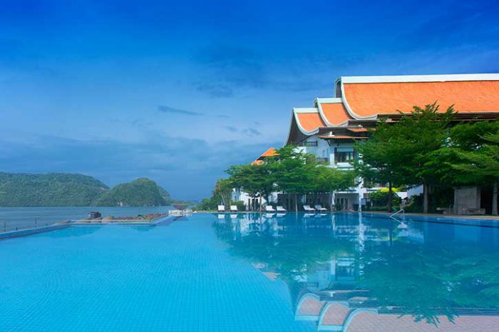 Infinity pool, Westin Langkawi Resort