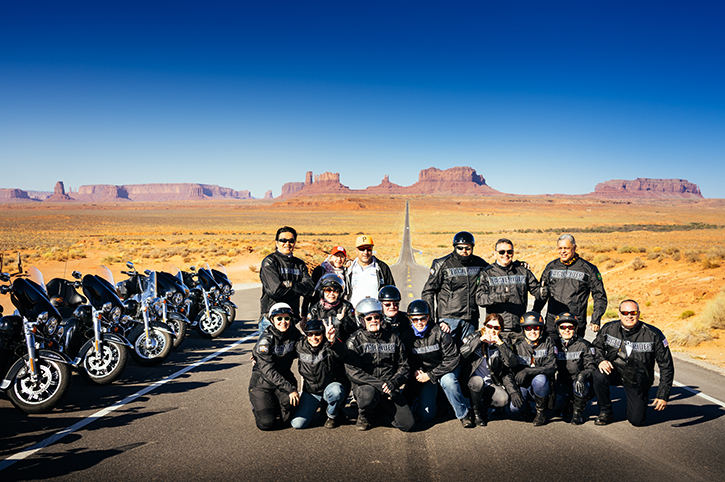 Motorcycle tour, Monument Valley