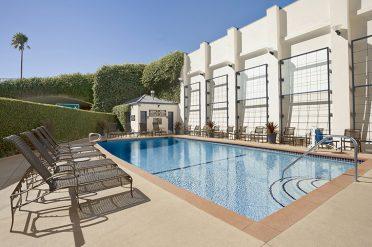 Wyndham Santa Monica Pier Pool